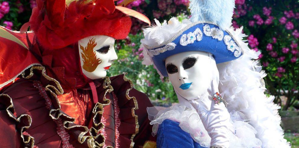 masks-1861468_1280-min