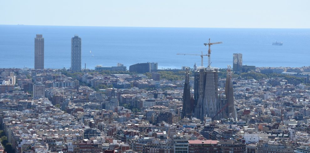barcelona-4724397_1920